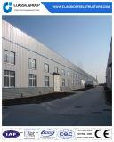 鉄骨構造サンドイッチパネルのプレハブの建物か鋼鉄倉庫