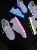 Высокий свет помощи обувает ботинки флуоресцирования СИД способа светящие поручая