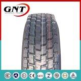 El autobús radial resistente pone un neumático los neumáticos 295/80r22.5 del carro