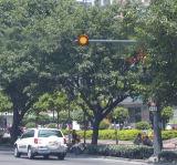 Piloto accionado solar del tráfico de la flama del amarillo del LED