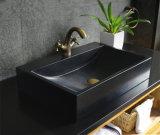 Lavabo de granito con superficie acanalada