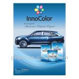 El automóvil fácil de la aplicación reacaba la pintura con el sistema a todo color de las fórmulas