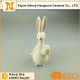 Figurines di ceramica del coniglio del coniglietto di pasqua