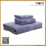 中国の高品質タオルセットのホテルタオルは100%年の綿をセットした