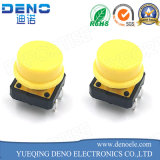 Interruptor iluminado 6 * 6 mm tacto con el casquillo amarillo redondo LED