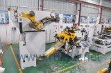 出版物機械の軽い材料の出版物ラインUncoilerのためのストレートナが付いているコイルシートの自動送り装置