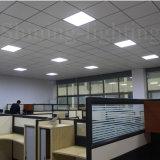 met Licht van het Comité van het Plafond van het Aluminium van het Geval van de Matrijs van de Vorm van Suqare Fabriek 2700-6000k 600X600mm AC85-265V van de HOOFD van de Bestuurder het Binnen Vlakke