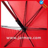 똑바른 손잡이를 가진 선전용 우산을 광고하는 관례