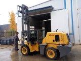 3.5トンの高品質の地勢のフォークリフト中国製