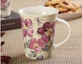 Taza de cerámica blanca vendedora caliente del tono del blanco dos con la manija del color