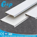 Neues hölzernes Aluminiumkorn-G-Geformte Streifen-Decken-Fliese