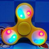 다채로운 점화 LED 손 장난감 싱숭생숭함 방적공 W/Switch