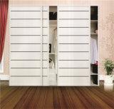 寝室171のための高品質のMorden Design PVC Shutter Series Wardrobe Sliding Door