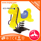 Spitzenverkaufenkind-Sprung-Spielwaren-Plastikkarikatur-Bewegungsfahrten