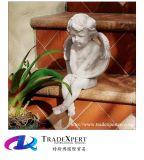 Scultura di angelo intagliata mano bianca, statua del bambino del granito per il giardino
