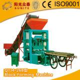 Machine/AACのオートクレーブによって通気されるコンクリートブロックのプラントを作るQt4-15自動ブロック