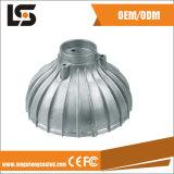 La DEL partie la couverture légère en aluminium du boîtier DEL