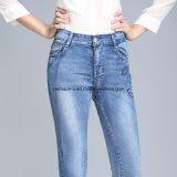 Alta qualidade que encanta calças de brim magros das senhoras da sarja de Nimes das calças retas