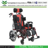 Sedia a rotelle della strumentazione di terapia occupazionale per il bambino