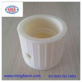Weißer Plastikwasser-Filter-Stecker