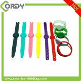 Wristband impermeável ajustável do silicone RFID do bracelete de 13.56MHz Ntag213 NFC