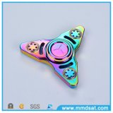 Girador colorido creativo da inquietação de três folhas