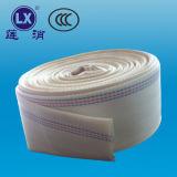 6 인치 PVC 관개에 의하여 놓이는 편평한 호스