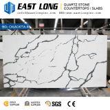 Quartzo artificial com superfície de pedra Polished da cor de mármore para partes superiores do gabinete