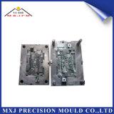 Moldeado plástico del molde de la alta precisión para las piezas modificadas para requisitos particulares del componente electrónico