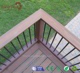 새로운 세대 UV 저항하는 WPC 정원 정원사 노릇을 하는 합성 Decking