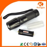 Vertrautes in Soem-ODM Logo Customized Best Bright Light Torch Price