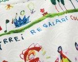 赤ん坊の子供のフロックの衣服の袖なしの落書きプリント服