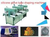 Tipo líquido do silicone gravado dando forma à máquina
