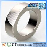 Le meilleur métal pour des aimants est fer le seul métal magnétique