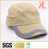 Chapeau de casque de Taslon de polyester avec la bande r3fléchissante sur la crête