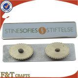 Preiswerter kundenspezifischer Metalltypenschild-Abzeichengroßhandelspin (FTBD7083J)