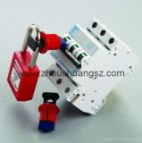 Fechamento diminuto do disjuntor do dispositivo seguro usado com cadeado