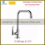 Colpetto sanitario del rubinetto di acqua fredda della cucina degli articoli