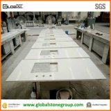 Tapas blancas de la vanidad del cuarto de baño del cuarzo de la calidad para el mesón del jardín de Hilton