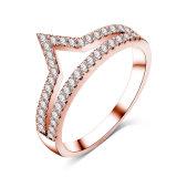 여성 CZ 다이아몬드 v 모양 Chevron 보석 반지 (CRI01017)