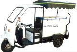 La batterie exploitent le tricycle de chariot de crême glacée de trois roues