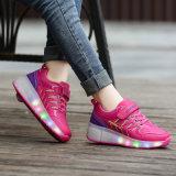 Gebildet Jinjiang-Fabrik-Preis-in den preiswerten Erwachsen-Rollen-Schuhen mit einziehbaren Rädern für männlich-weibliches, bereift Mann-Rollen-Rochen Turnschuh