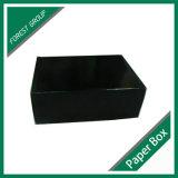 習慣によって印刷される黒い出荷の紙の箱