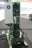 Metalteil-Aushaumaschine