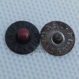 ジーンズのジャケットの方法金属の鋳造ベルトのリベット