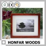 브라운 마운트를 가진 나무로 되는 그림 사진 프레임