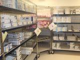 Het regelbare Rek van de Opslag van de Vertoning van de Drogisterij van het Ziekenhuis NSF