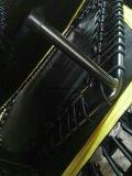 El adulto/los cabritos baratos comerciales escoge el trampolín del amortiguador auxiliar con la T-Barra