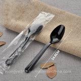 Faca do picosegundo e forquilha plásticas descartáveis pretas & brancas