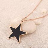 女性の方法宝石類の長い鎖のステンレス鋼の星のネックレス